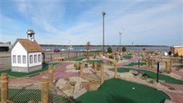 Mini-Golf at Saybrook Point